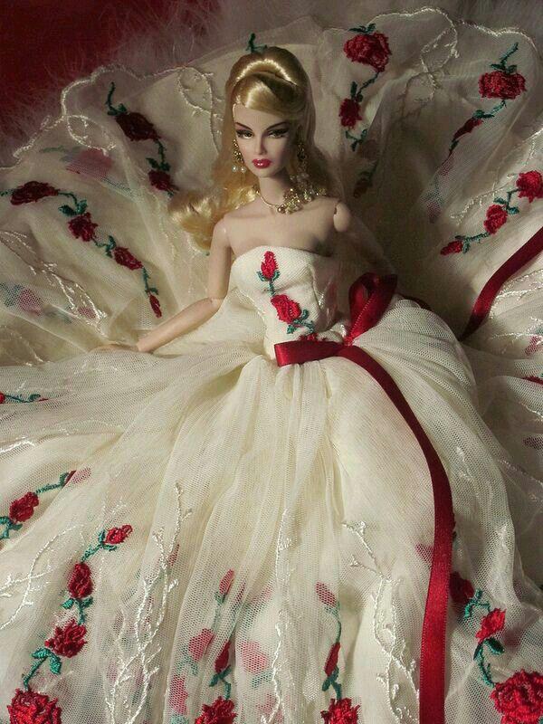 Pin by Diana Sena on Dolls   Barbie wedding dress, Barbie ...