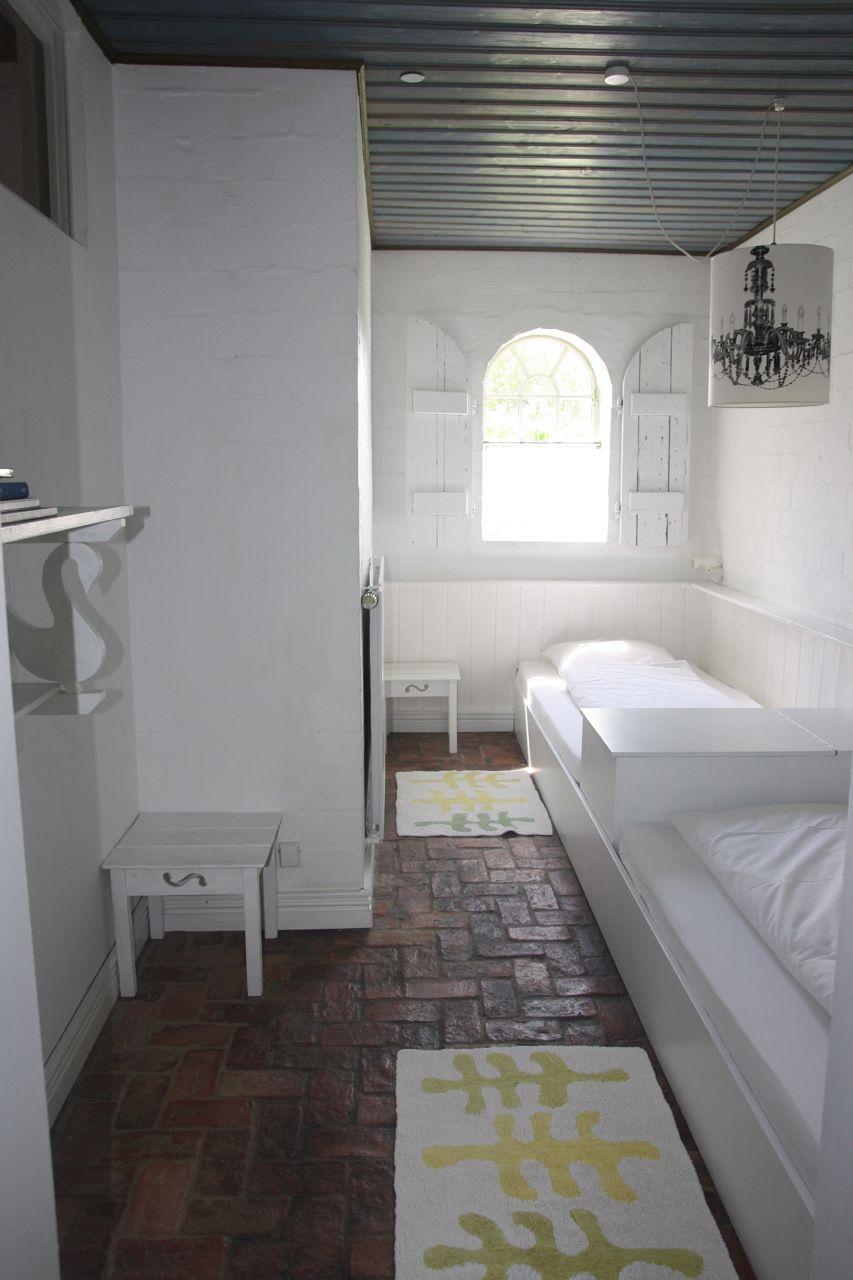 die kleine wohnung bietet ein schlafzimmer für zwei personen sowie ... - Kleine Gemutliche Wohnzimmer
