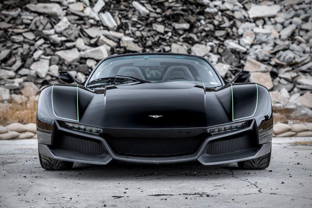 The 700 Hp Rezvani Blackbird Is A Full Carbon Fiber Street Legal Beast With Images Super Cars Car Super Sport Cars
