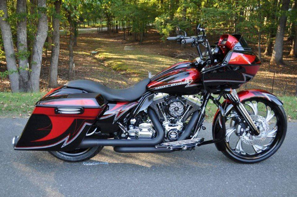 Great Lookin Harley Road Glide Benidorm Spain Espana Harley Road Glide Harley Harley Davidson Bikes