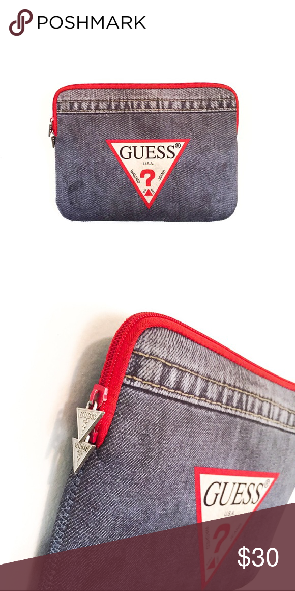GUESS CLUTCH BAG IPAD BAG LIKE POSHMARK SAYS THE PICTURE SPEAKS FOR ITSELF Guess  Bags Laptop Bags ff7124346c