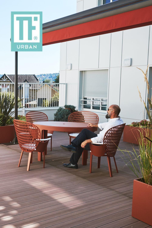 Table Urbaine Brive Fabricant De Mobilier Urbain Mobilier Professionnel Mobilier Exterieur Mobilier Urbain