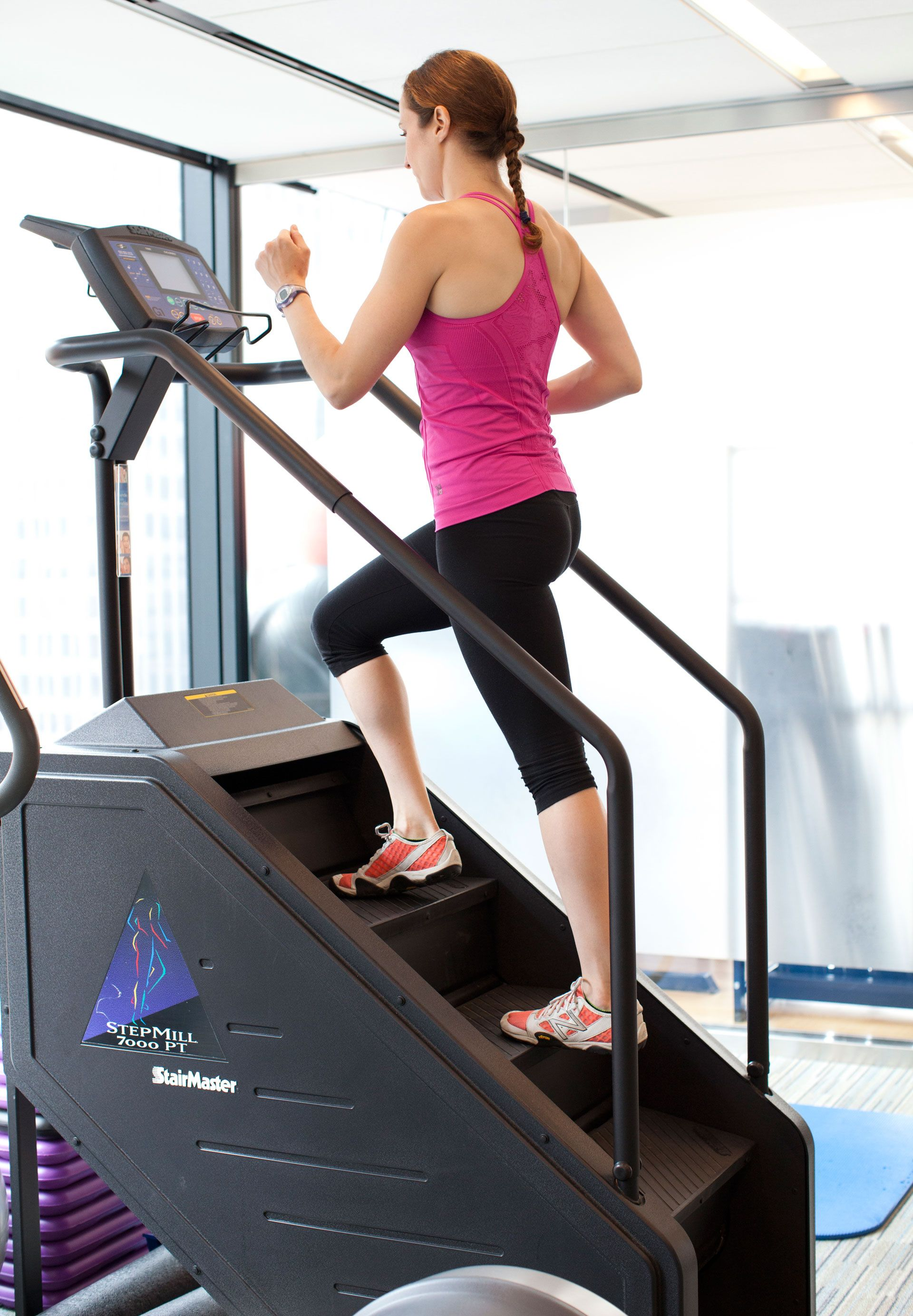 711c4beef3 This machine provides a great aerobic workout that also trains you for a  very common everyday activity  climbing stairs. Pick a pace you can  comfortably ...