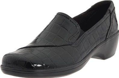 dd7e001a1b93e Amazon.com: Clarks Women's May Poppy Loafer: Shoes | Women shoes ...