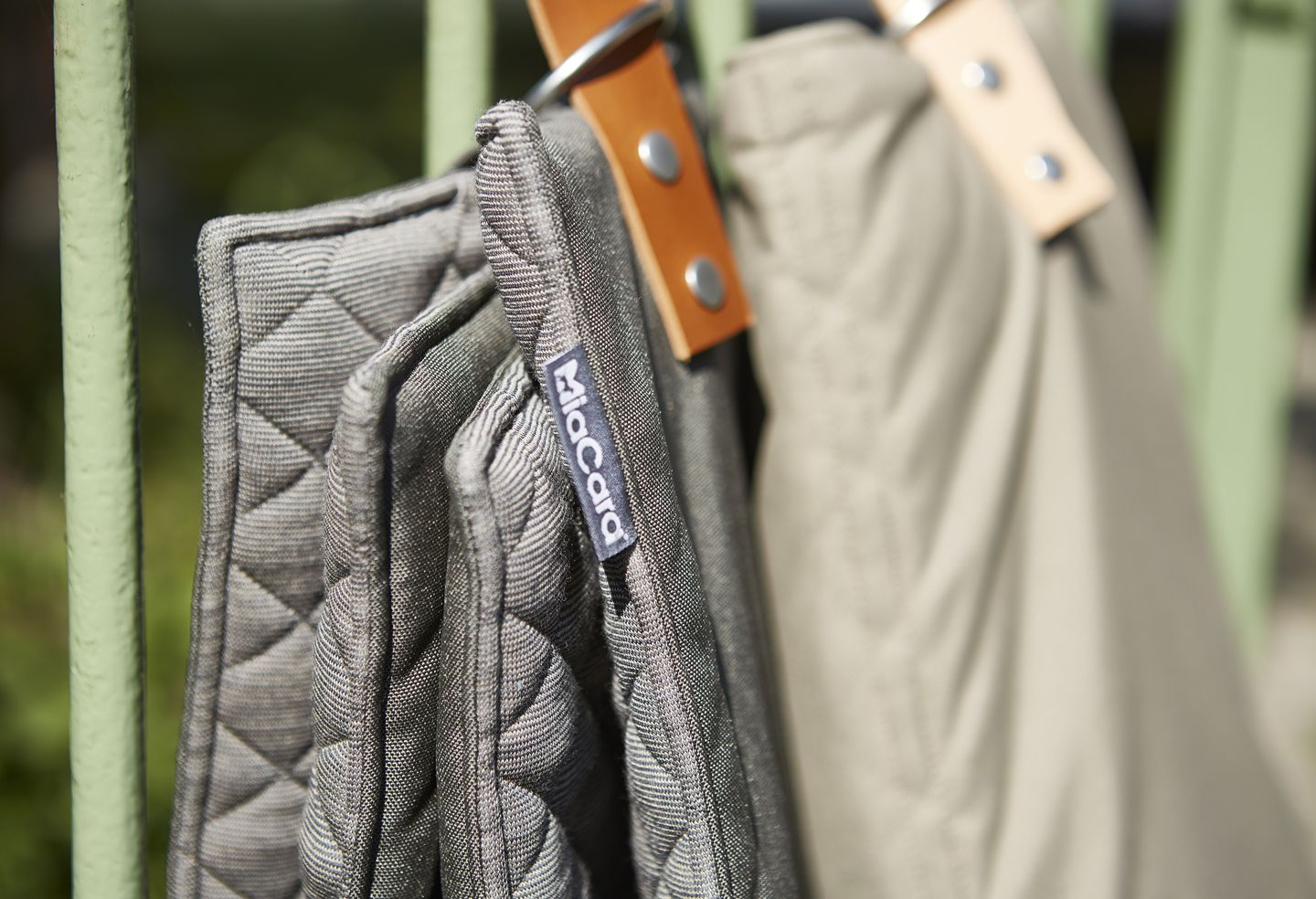 MiaCara travelBed COSMO Pebble/Slate and Mineral/Taupe