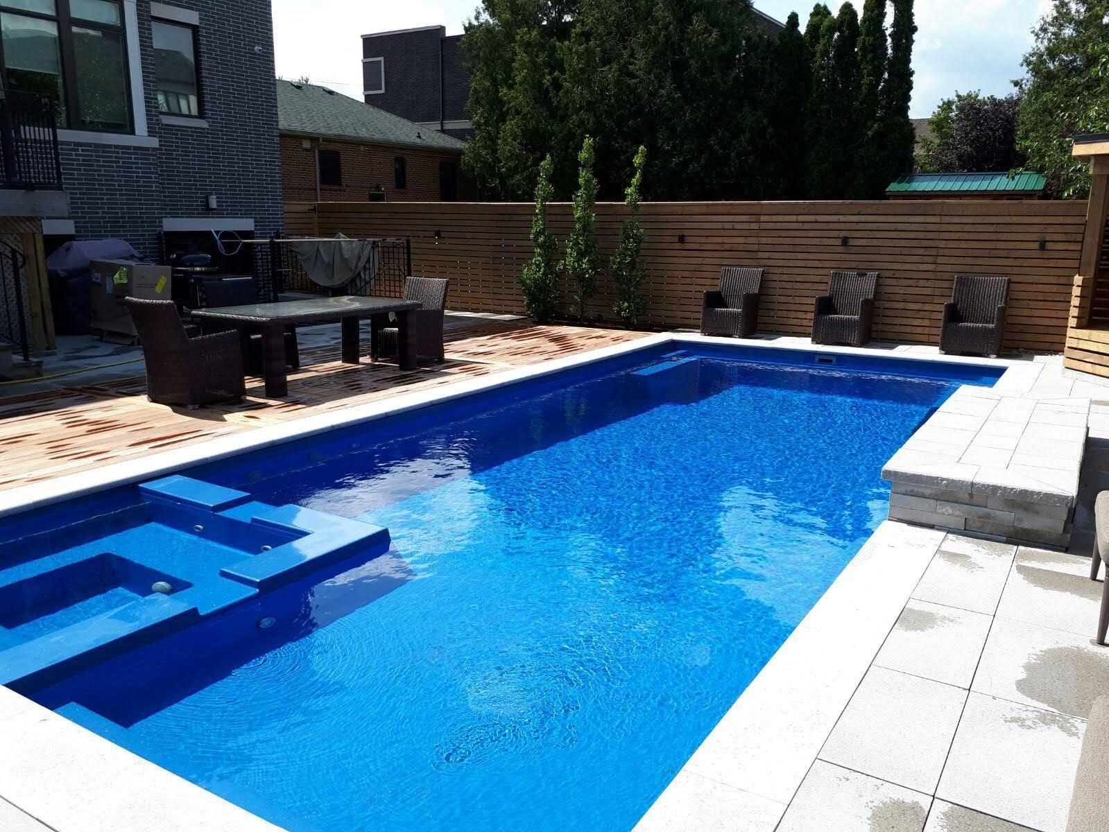 Leisure Pools of Toronto | Fiberglass swimming pool ...