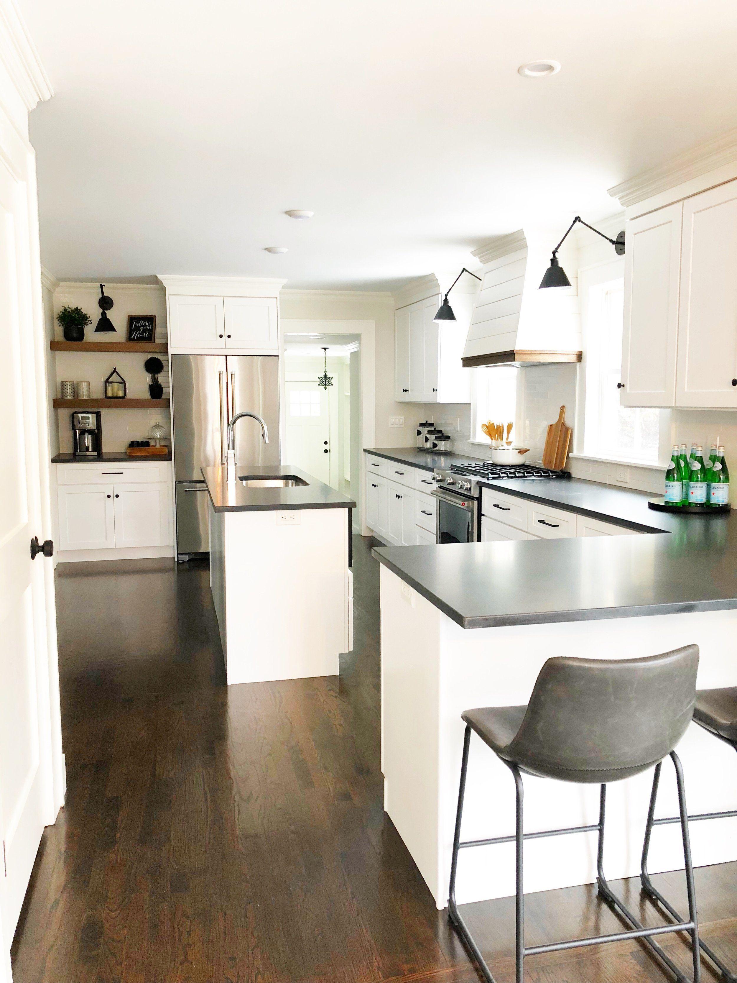 Custom Shiplap Range Hood With Wood Trim Designed By Ana G Homes Fairfield Ct 06824 Rang Modern Farmhouse Kitchens White Modern Kitchen Black Countertops