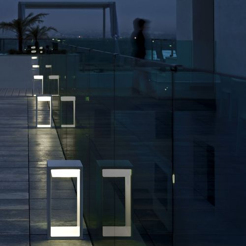 Studio Lux Lighting Design: Contemporary Bollard Light For Public Spaces FRAME By