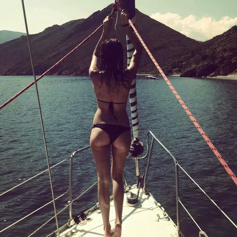 sexy girls sailing