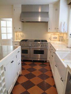 Checkered Cork Floor Bungalow Kitchen Kitchen Flooring Retro Kitchen