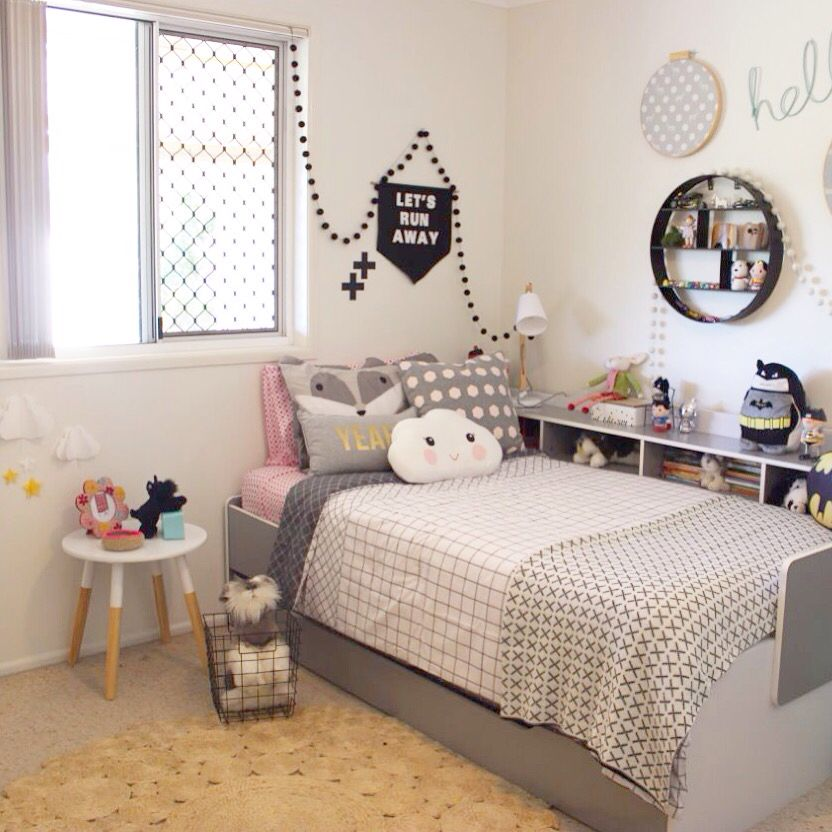 Split Shared Bedroom Ideas: Bellas Bedroom, Children's Bedroom, Interiors, Marilyn