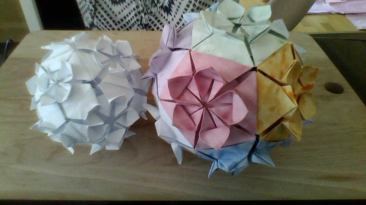 Flower Ball Origami 12 Pieces Projects To Try Pinterest Flower