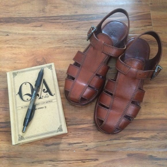 9c208def371 Vintage Cole Haan Sandals These vintage sandals are so cute (obviously  pre-loved)