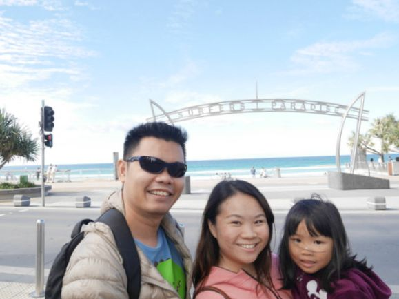 Travel Tuesday - Sunny Gold Coast, Australia - A Juggling Mom