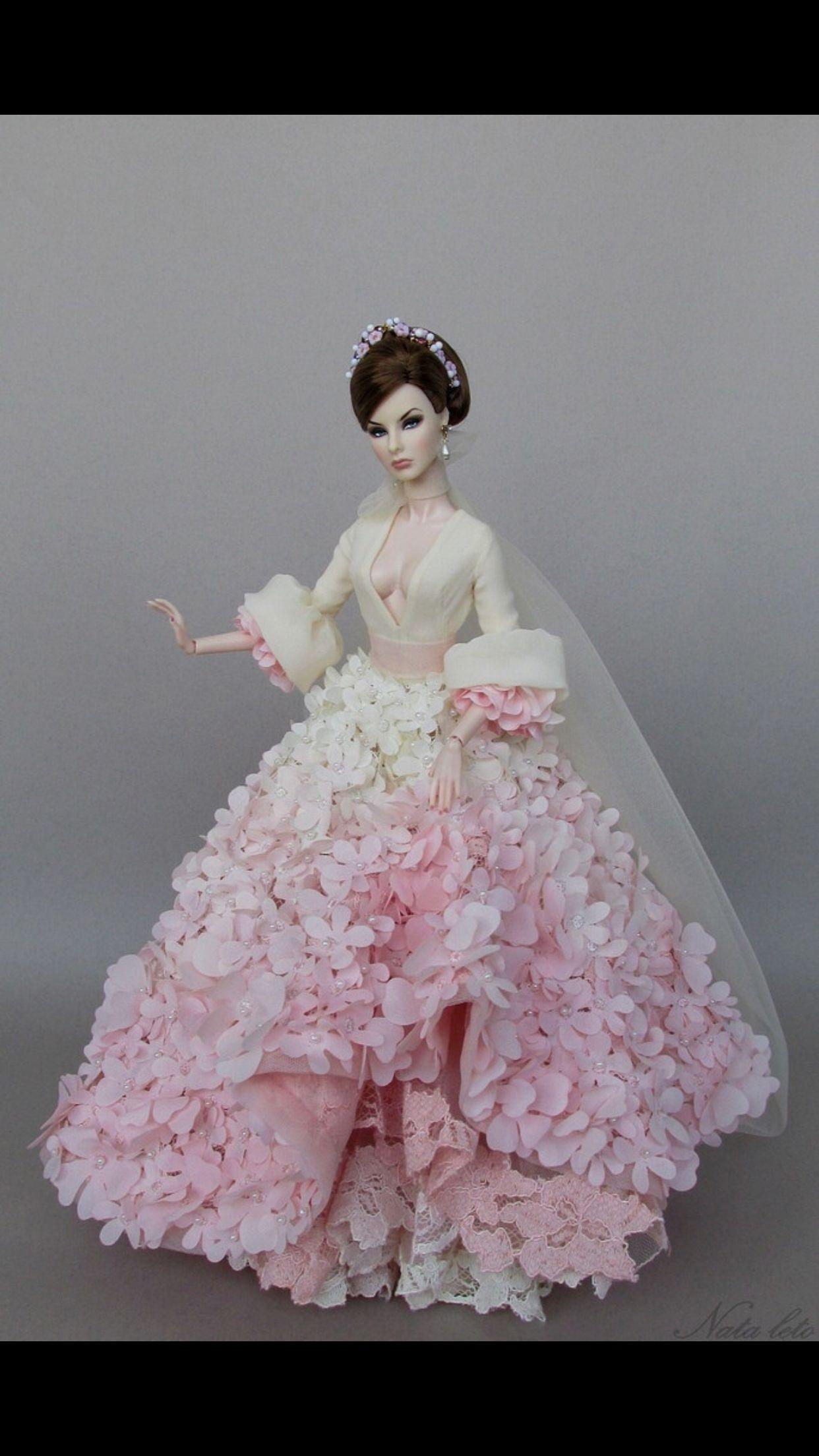 Pin von Zharazam auf Vestidos de barbie | Pinterest | Barbie, Barbie ...