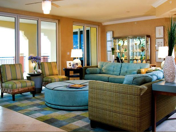 living room decorating ideas a florida vacation home cant be complete without bright tropical colors and seashell accessories - Tropical Interior Design Living Room