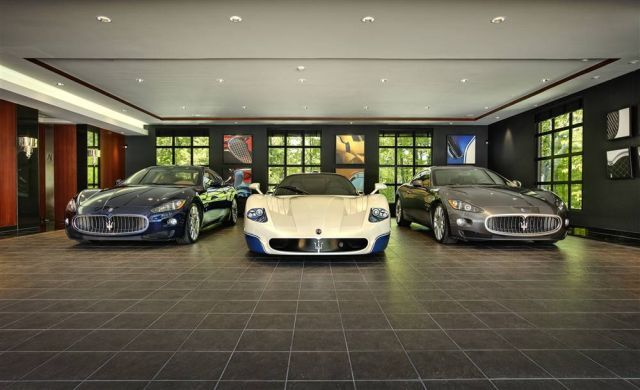 Awesome And Most Beautiful Garages For Super Cars 54 Pics