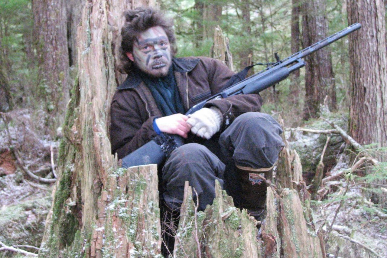 alaskanbushpeoplefanclub:  This is from the Discovery Channel website…Young Matt covered himself in camouflage paint and hid in a tree while hunting in the Alaskan bush. Can you tell it's him?