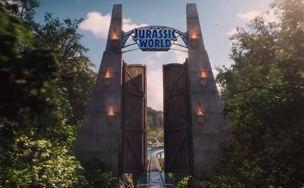 Os #dinossauros estão em festa, e a #Universal também. #JurassicWorld se tornou a maior bilheteria de abertura de um #filme nos Estados Unidos. Foto Divulgação.