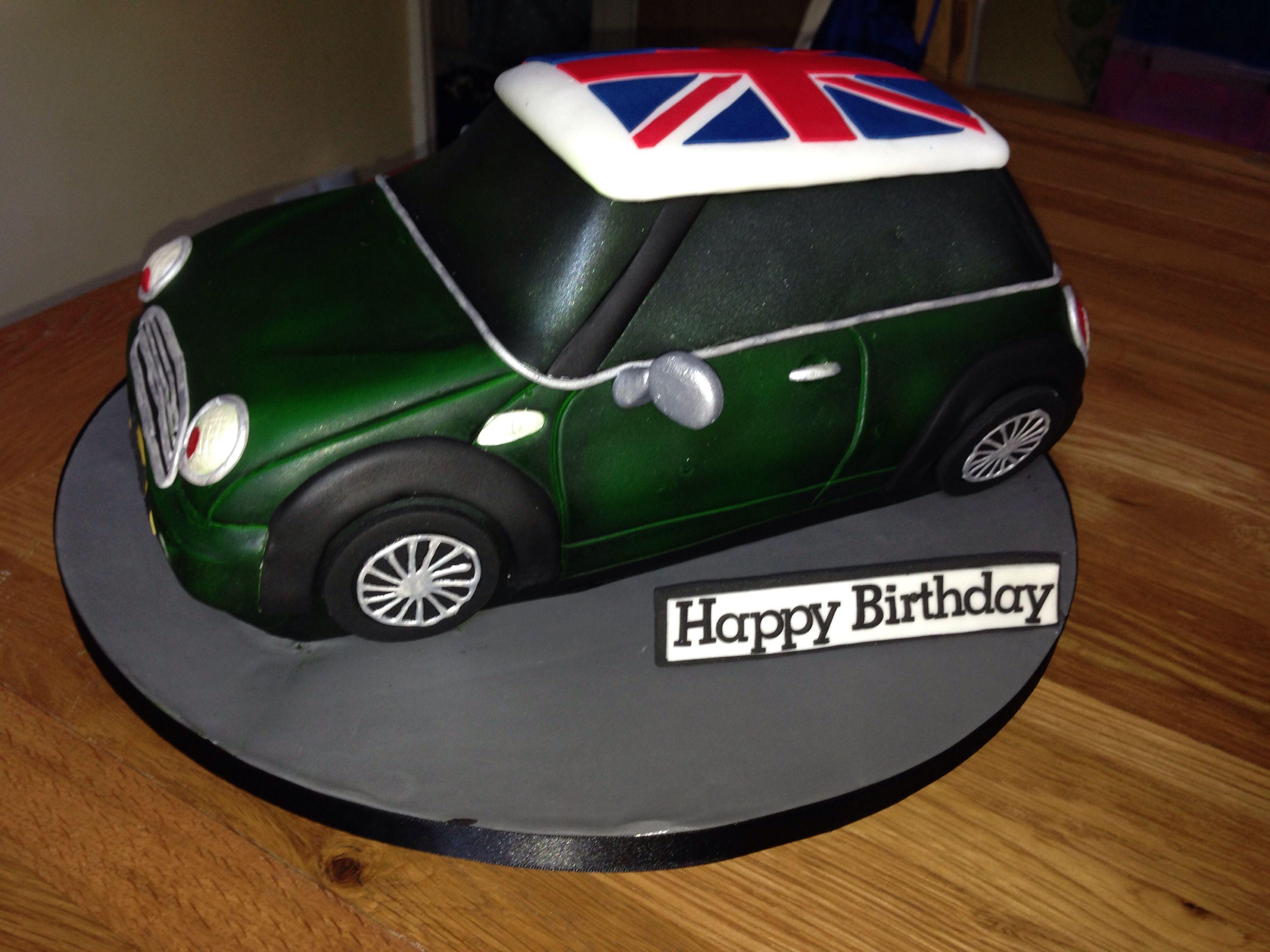 Green mini car cake with Union Jack wwwfacebookcomcherryontopccc