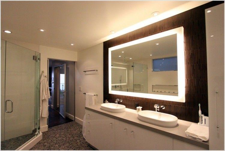 Espejos iluminacion y estilo en 50 incre bles propuestas for Disenos de marcos de madera para espejos