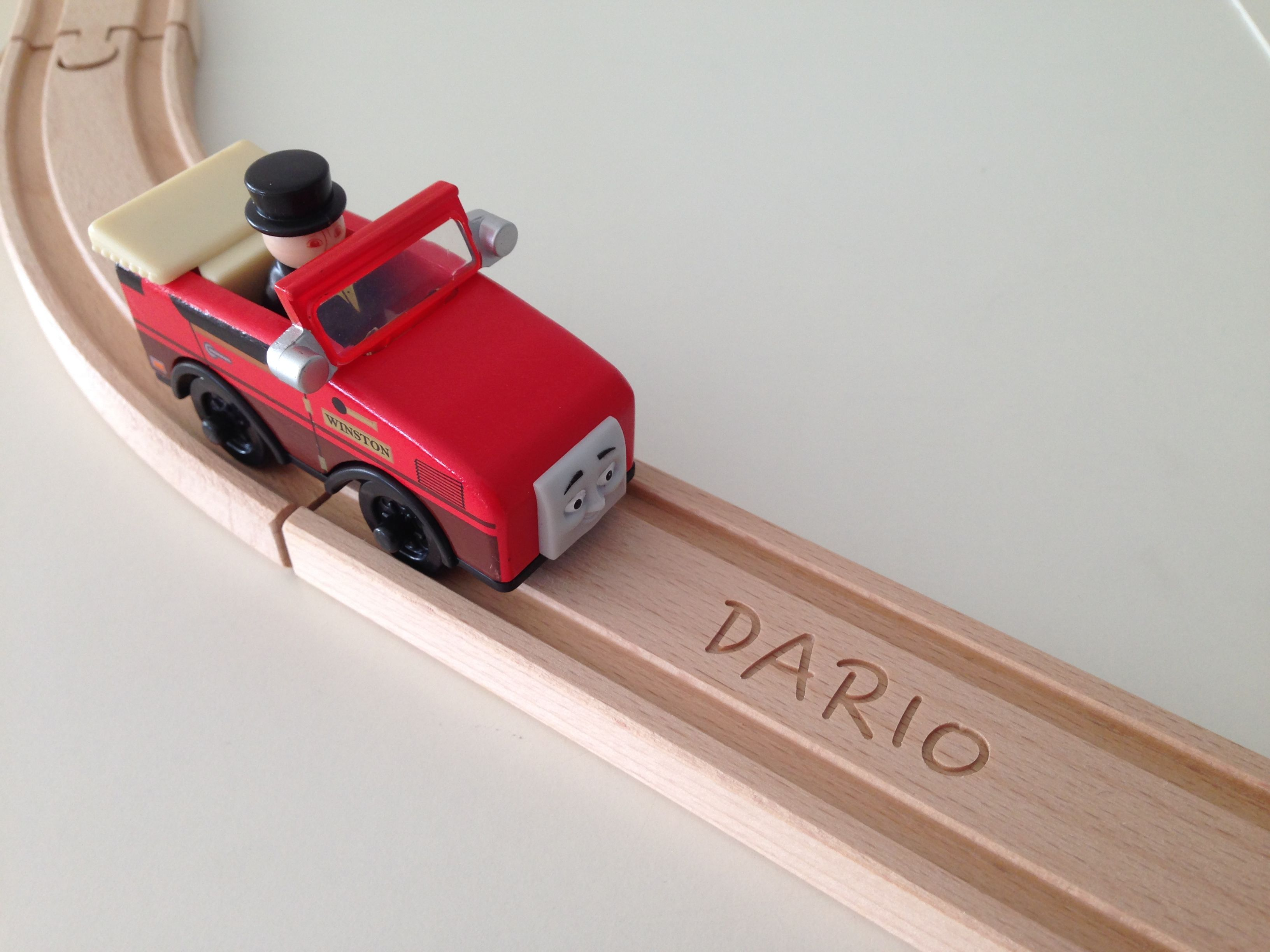 Personalized wooden train track from woodpeckers.ch