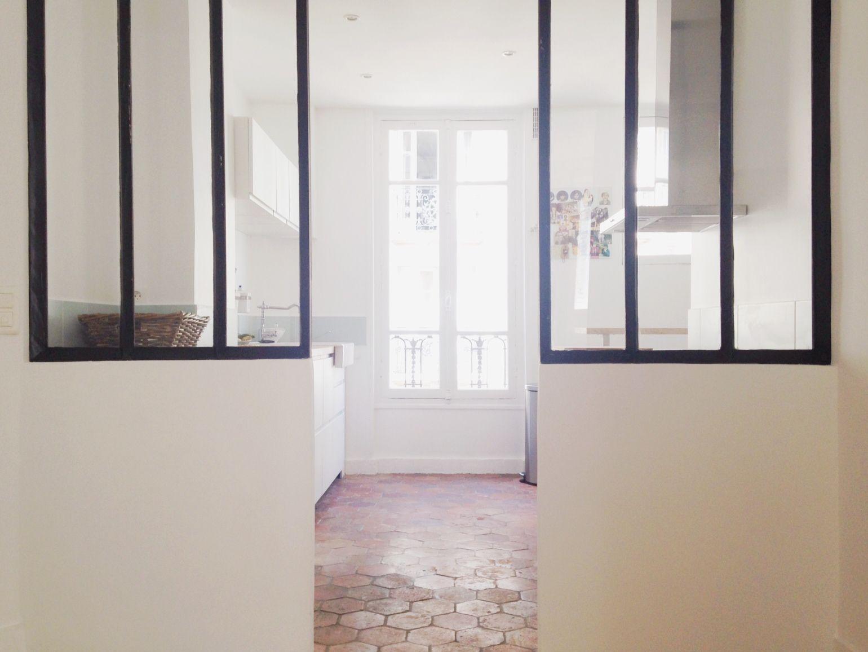 ambiance tomettes vitres atelier a la maison pinterest interiors kitchens and. Black Bedroom Furniture Sets. Home Design Ideas