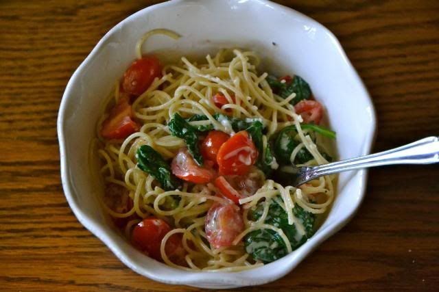 Pasta with Spinach, Tomatoes, and Parmesan Sauce