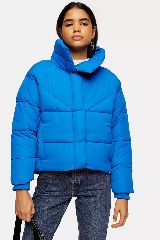 Cobalt Blue Wrap Puffer Jacket Blue Puffer Jacket Puffer Jacket Outfit Puffer Jackets [ 1500 x 1000 Pixel ]