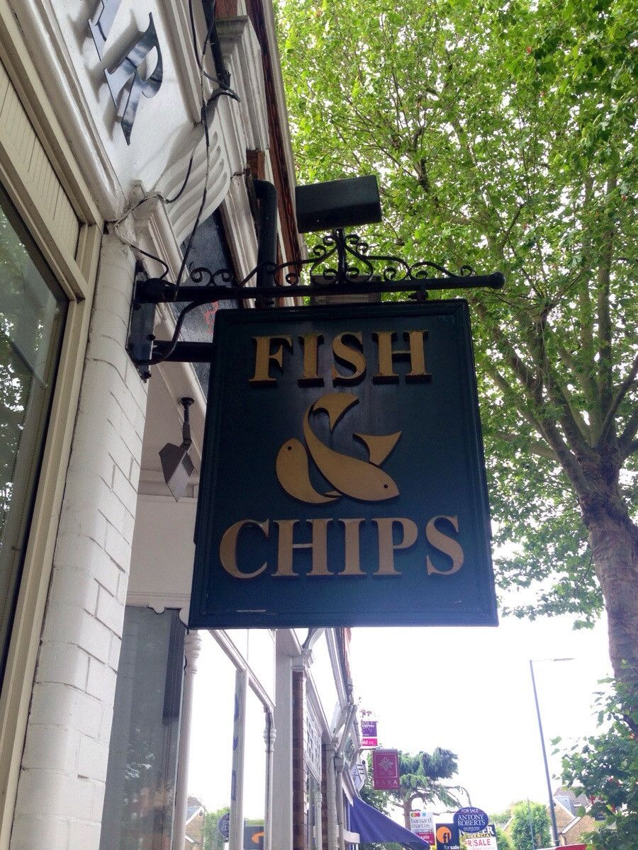Really nice fishy ampersand I came across this morning in ...