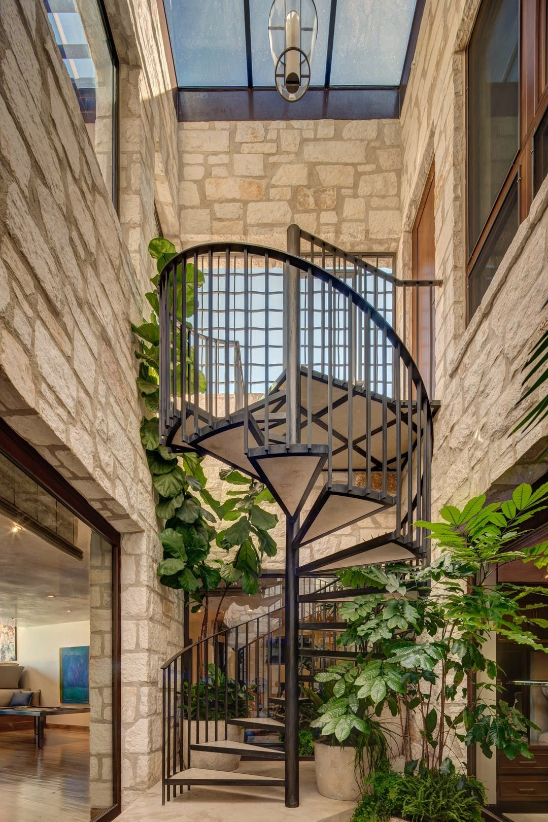 Spiral Staircase by Barbara Lee Grigsby Design Associates Inc. – Lookbook – Dering Hall