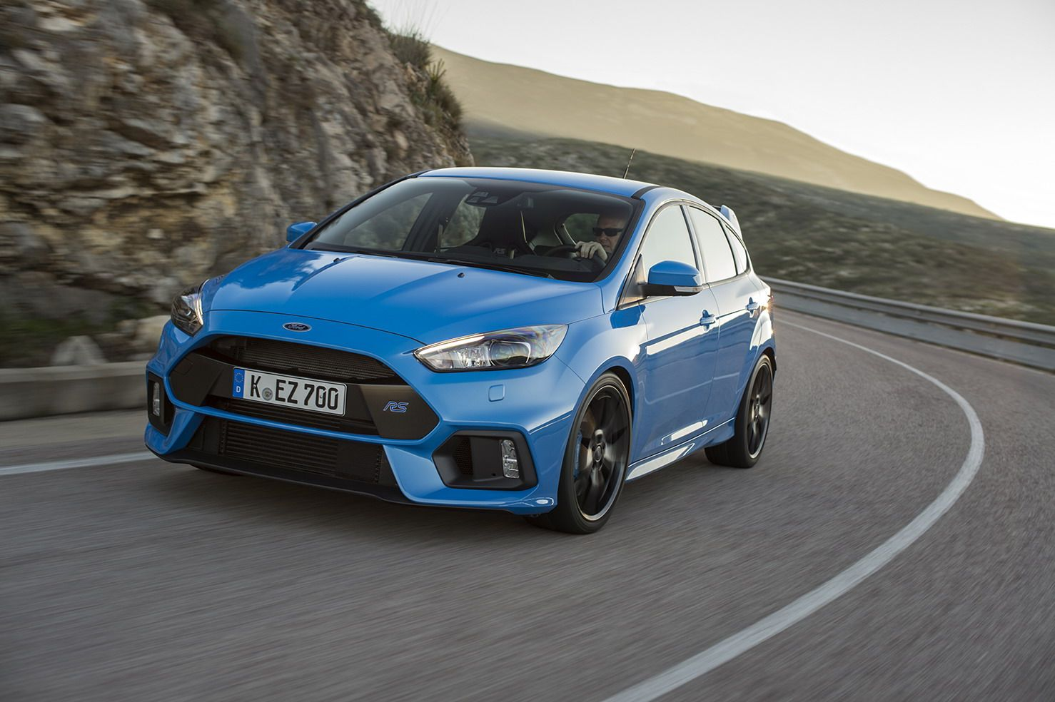 The Next Gen Focus Rs Could Stick It To Mercedes Amg And Audi With A 400 Horsepower Hybrid Drivetrain In 2020 Ford Focus Ford Focus Rs Ford Rs