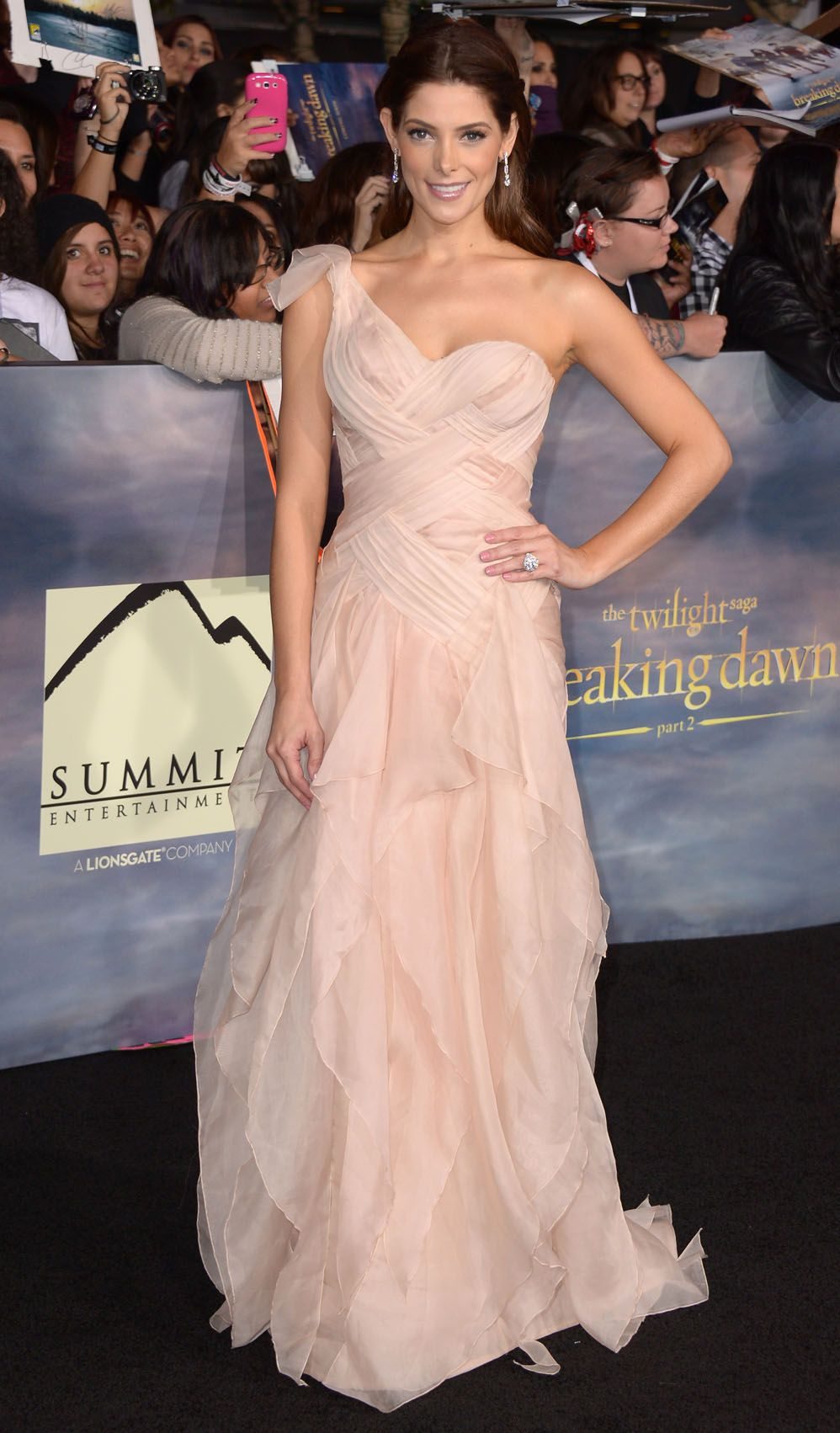 139 Ashley Greene Twilight Dresses One Shoulder Sweetheart Chiffon Ruffles Evening Celebrity Dresses Dh00372 Celebrity Dresses Dresses Strapless Dress Formal [ 1702 x 998 Pixel ]