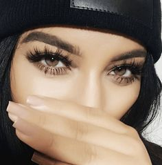 Thick long lashes, natural look for everyday