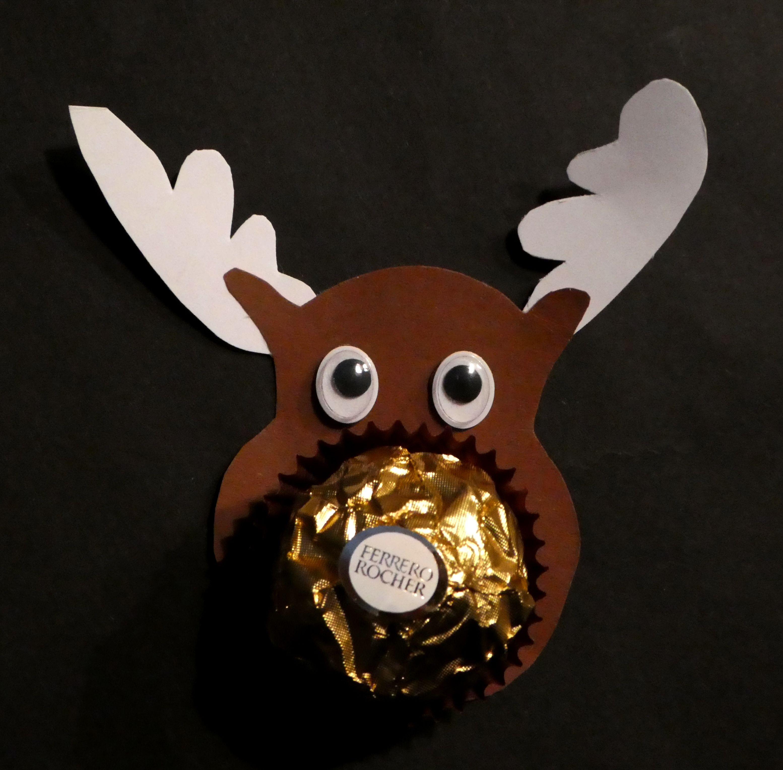 Weihnachtsbasteln Elch Ferrero Rocher Mitbringsel Kinder Weihnachtsbasteln Basteln Weihnachten Elche Basteln