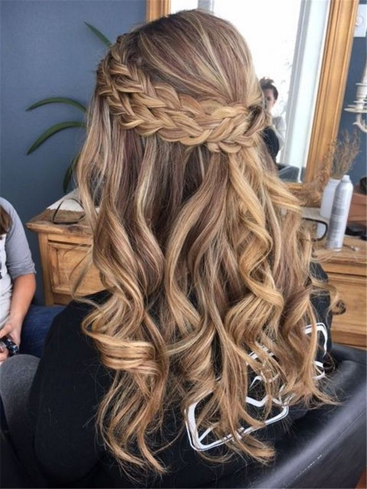 50+ Half Up Half Down Wedding Hairstyles You Have To Keep