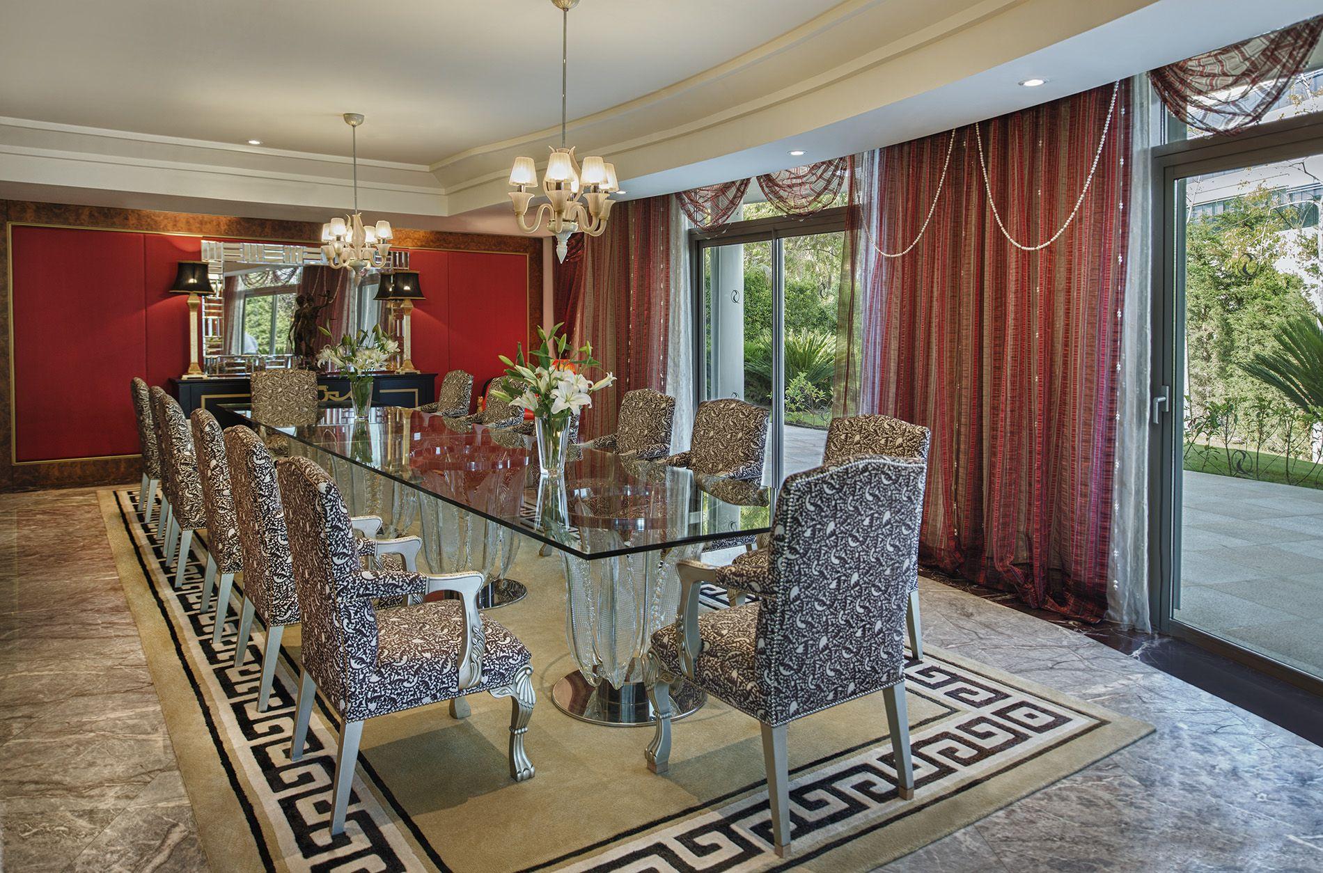 Villa Leo Dining room