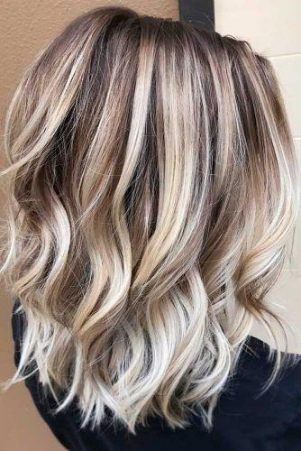 Modele coupe cheveux mi long blond
