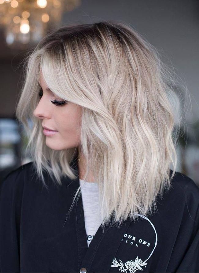 36 Weisse Platinblonde Frisur Design Ideen Um Ihren Look Zu Bewerten Seite 30 Adelgiese Fruhstuck Und Platinblond Schulterlange Haare Blond Bob Frisur
