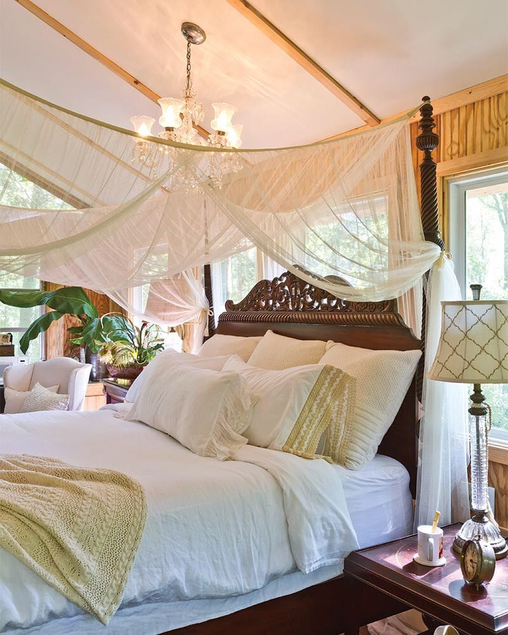 Pin By Christine Wong On Dream Home Sweet Home Stylish Bedroom Beautiful Bedrooms Tropical Bedrooms