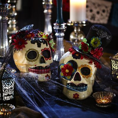 Mr  Mrs Skelly Skulls Four seasons ❄ Pinterest Halloween