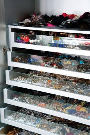 Organized Drawers of Jewelry. Wish I had so many jewels!