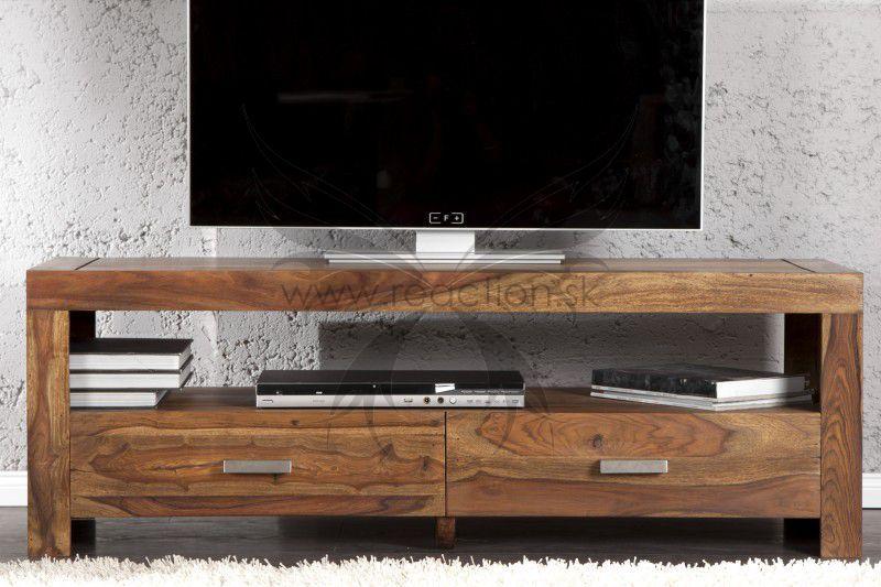 Televízny stolík z masívneho dreva ktorý vám poskytne dostatok úložného priestoru.