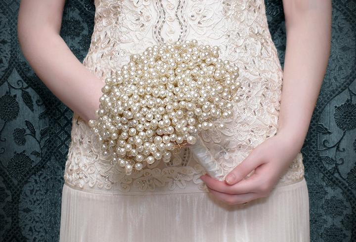 Unusual Wedding Bouquet Ideas | Midway Media