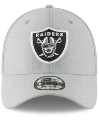 691a75b33df691 New Era Oakland Raiders Crucial Catch 39THIRTY Cap | Products ...