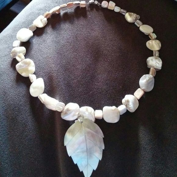 Shell Necklace 18inch Hand made by my mother ??beautiful Jewelry Necklaces