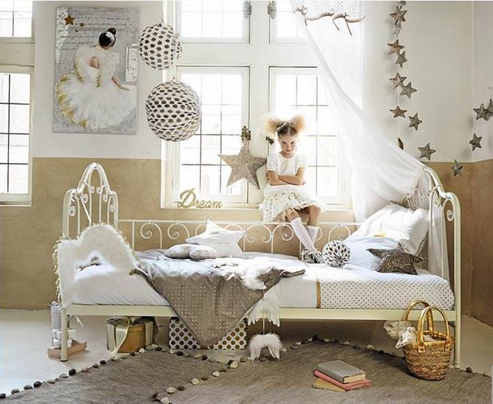Chambre de fille : Osez le doré !   chambre eden   Pinterest   Le ...