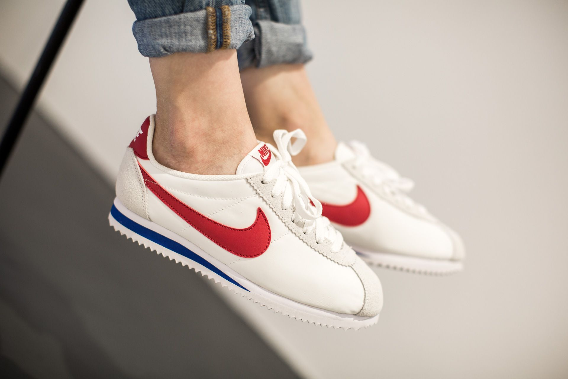 NIKE CLASSIC CORTEZ NYLON WHITE/VARSITY RED-VRSTY ROYAL available at  www.tint
