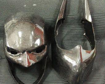 Arkham Knight Helmet Pre-Order par UratzStudios sur Etsy