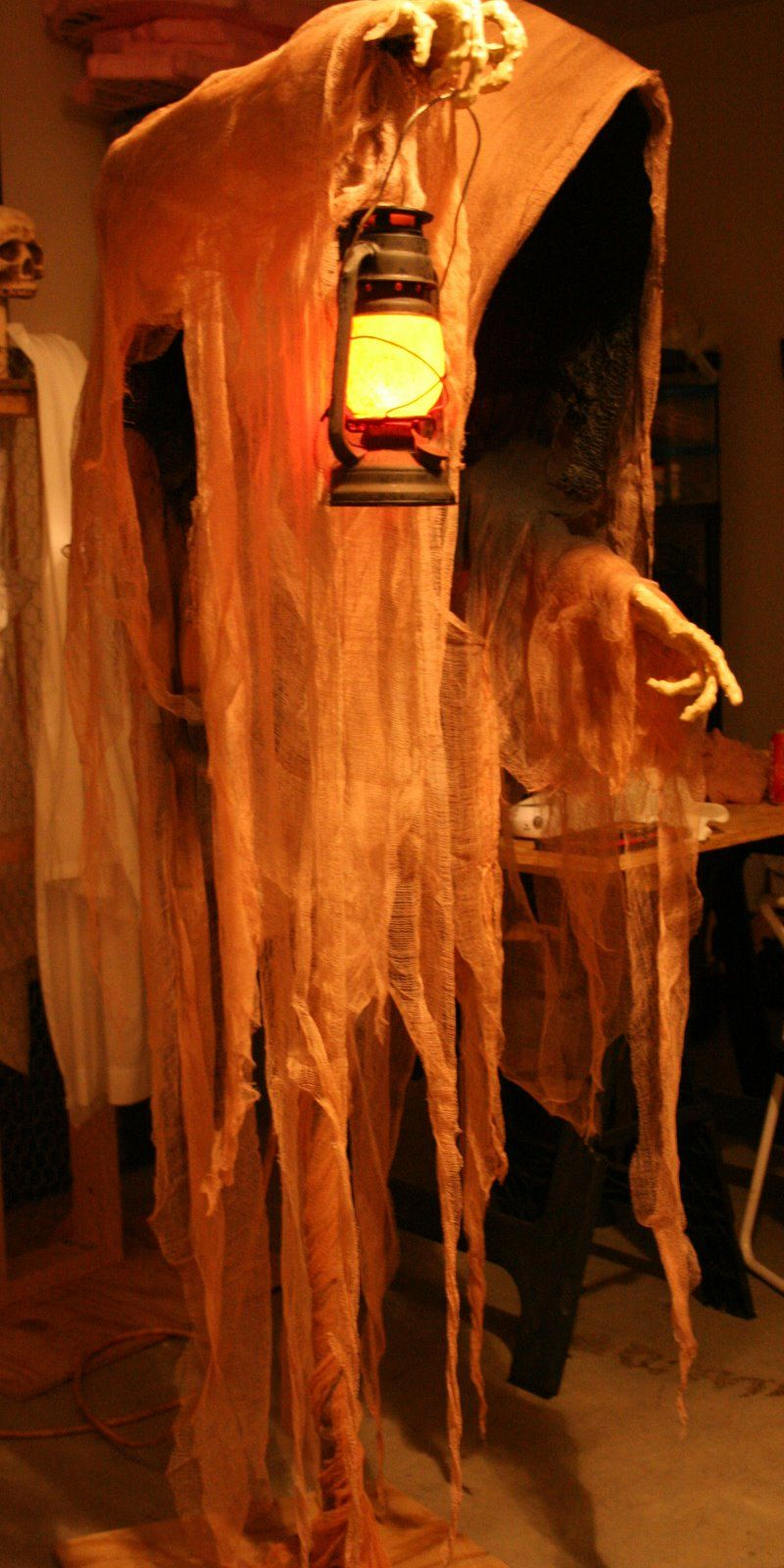 Grim Hollow Haunt Cloaked Ghost Step By Step Halloween/Fall Ideas - Ghost Halloween Decorations